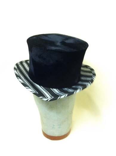 Top Hat Front